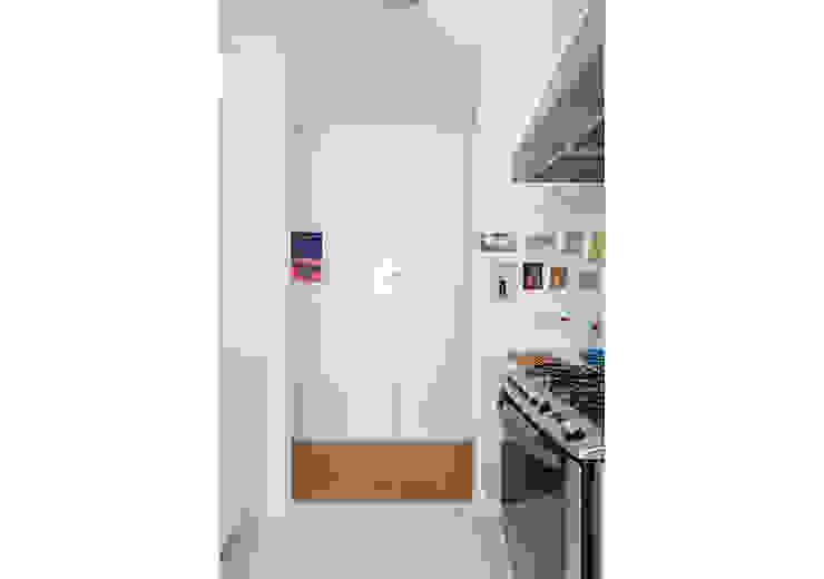 RSRG Arquitetos Cocinas de estilo minimalista Blanco