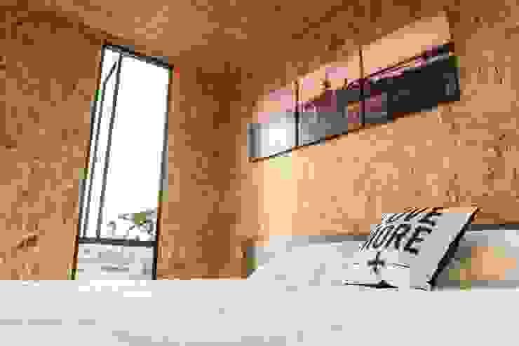 VIMOB Dormitorios modernos: Ideas, imágenes y decoración de COLECTIVO CREATIVO Moderno