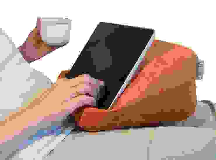 Lesekissen Tablet-Kissen e-book-Reader-Halter von RÖHREN WOHNideen Landhaus