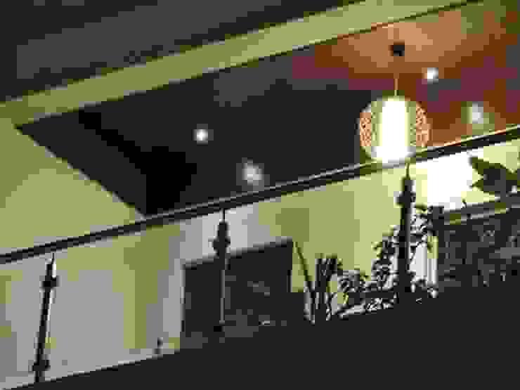 Flat Interior Modern balcony, veranda & terrace by Joby Joseph Interior Modern