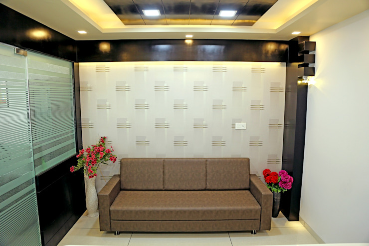 Director Cabin - Sofa Sitting Modern offices & stores by ZEAL Arch Designs Modern