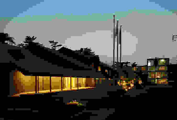 浦島東館 モダンな 家 の 原口剛建築設計事務所 モダン