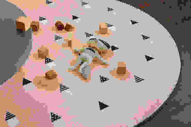 Round rug – 01 Dreaming: (주)이투컬렉션의 스칸디나비아 사람 ,북유럽