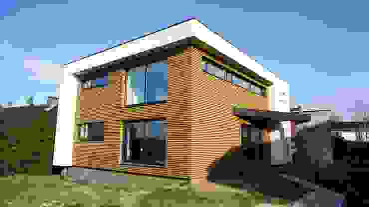 Bureau d'Architectes Desmedt Purnelle Modern Walls and Floors