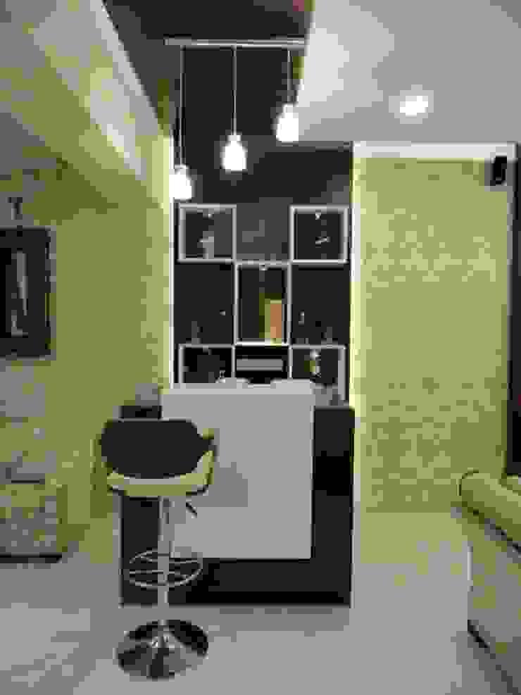 Amanora Modern living room by MAVERICK Architects Modern