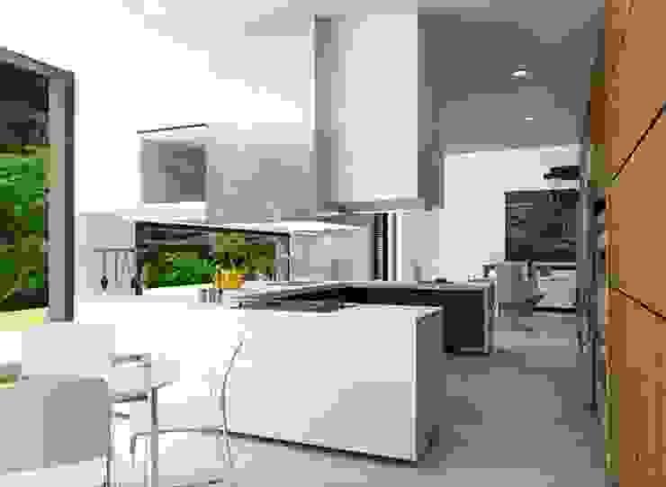 Casa la Unión Cocinas de estilo clásico de FR ARQUITECTURA SAS Clásico