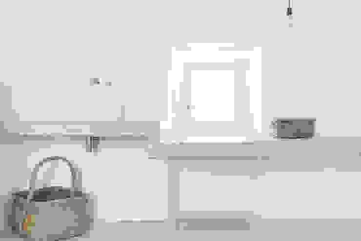 Casas de banho rústicas por munarq Rústico