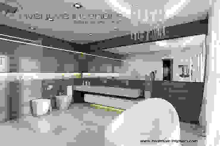INVENTIVE INTERIORS – Dom z widokiem Nowoczesna łazienka od Inventive Interiors Nowoczesny Drewno O efekcie drewna