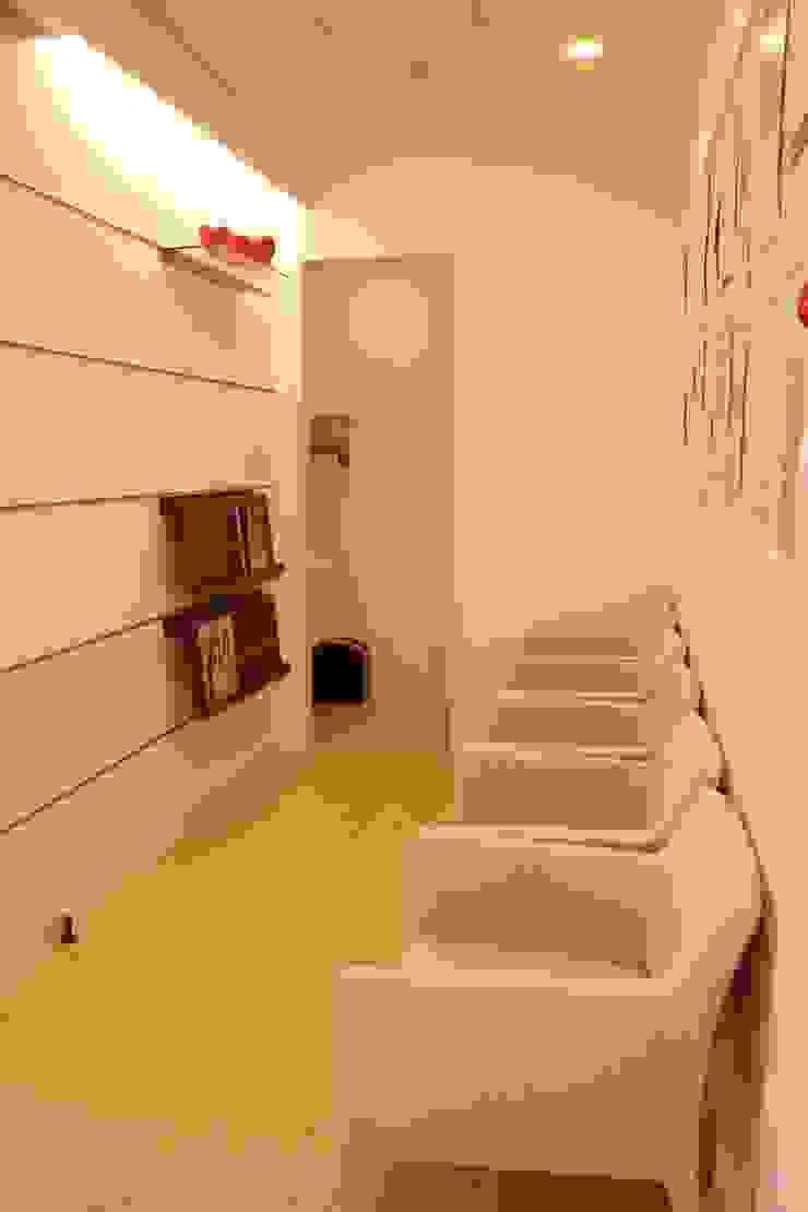 待合室1  Waiting room No1: ASut Designが手掛けたスカンジナビアです。,北欧