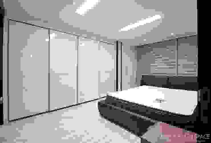 동탄아파트인테리어 능동 푸른마을두산위브 30평 인테리어: 디자인스튜디오 레브의  침실