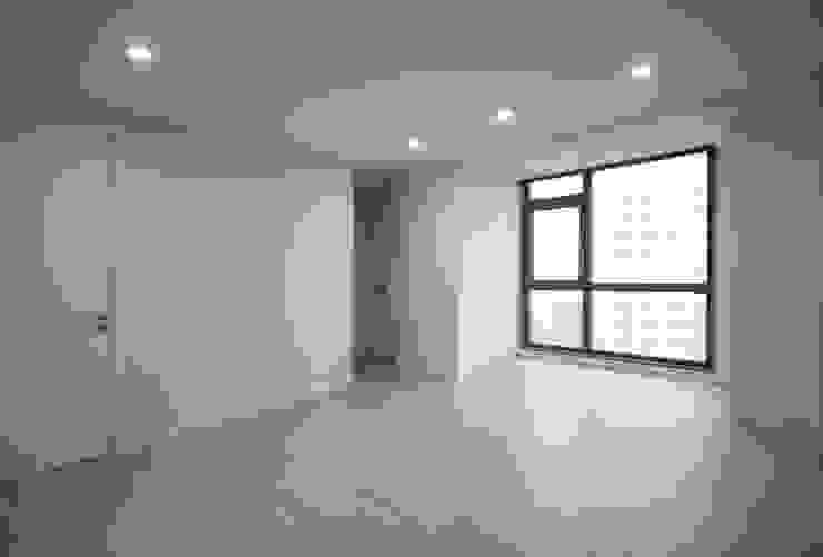 동탄아파트인테리어 반송동 시범다은마을 포스코더샵 33평 인테리어 모던스타일 거실 by 디자인스튜디오 레브 모던