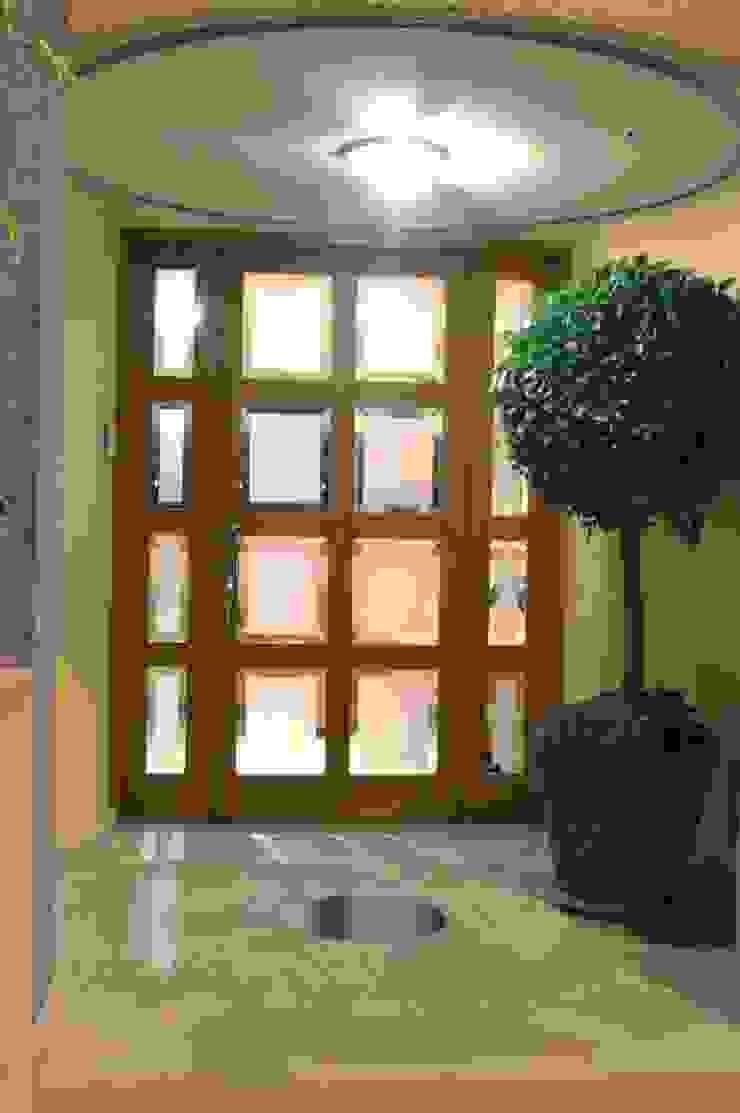 CASA LAURELES Casas modernas de Diseño Integral En Madera S.A de C.V. Moderno