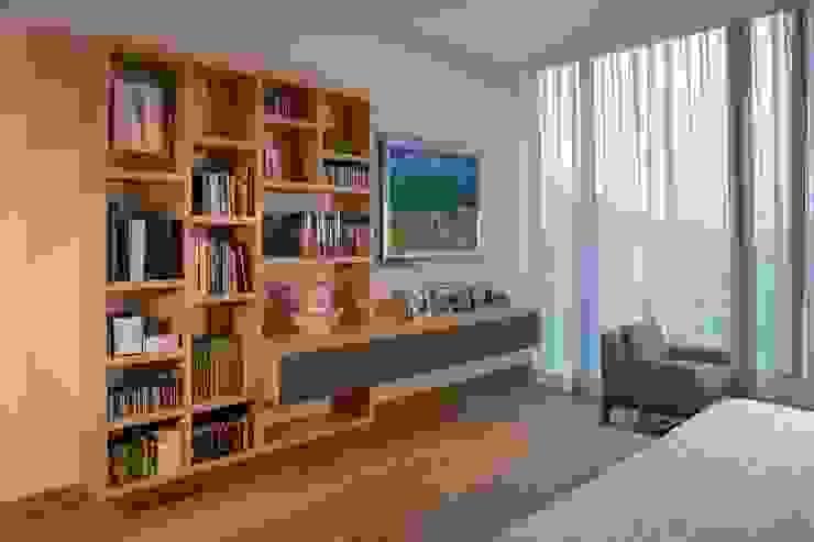 Rousseau Arquitectos Modern style bedroom