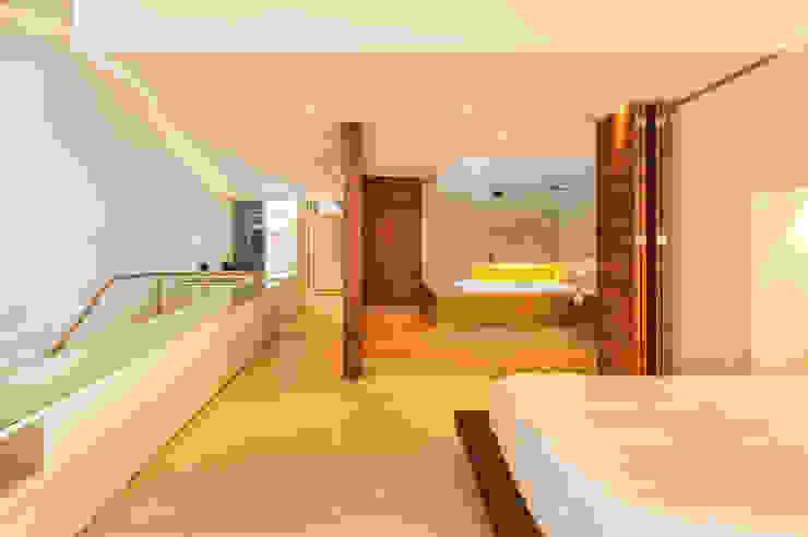 Casa Palmeral: Baños de estilo  por FR ARQUITECTURA S.A.S.,
