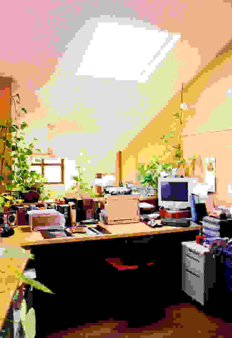 アトリエのある趣味をいかす家 モダンデザインの 書斎 の ユミラ建築設計室 モダン