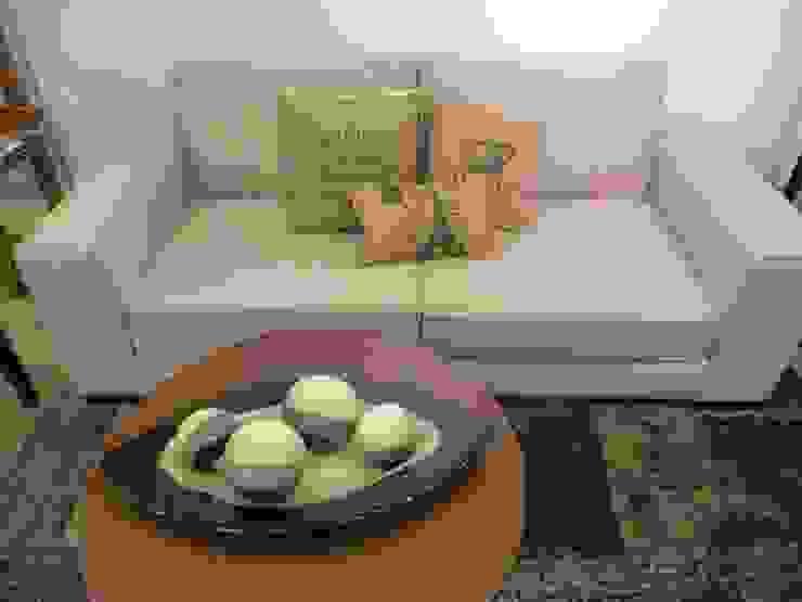 MUEBLES Y SILLONES DISEÑO VIVO Living roomSofas & armchairs