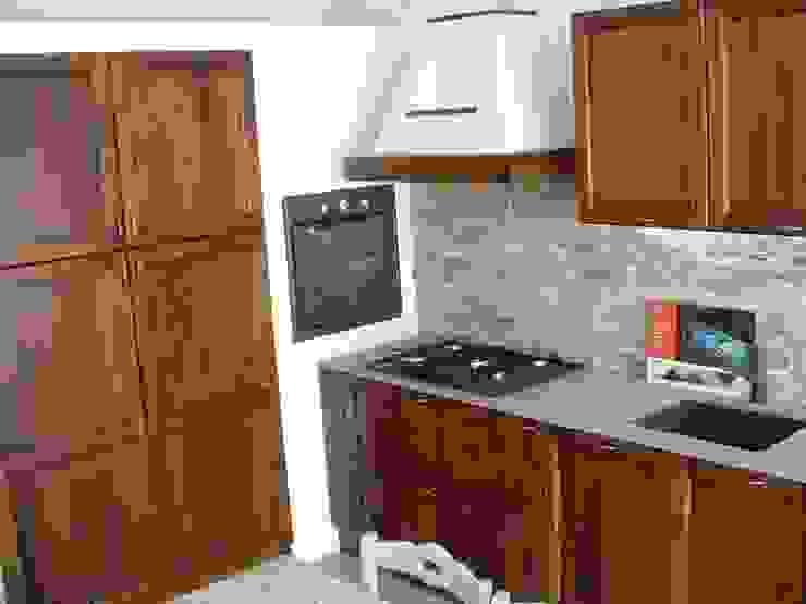 Dapur Gaya Rustic Oleh Vibo Cucine sas di Olivero Bruno e c. Rustic