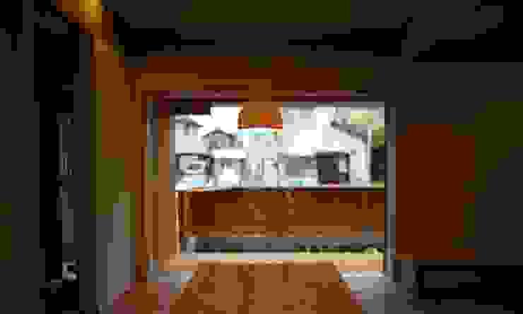 岐阜県羽島市 オリジナルデザインの リビング の 株式会社タマゴグミ オリジナル 木 木目調