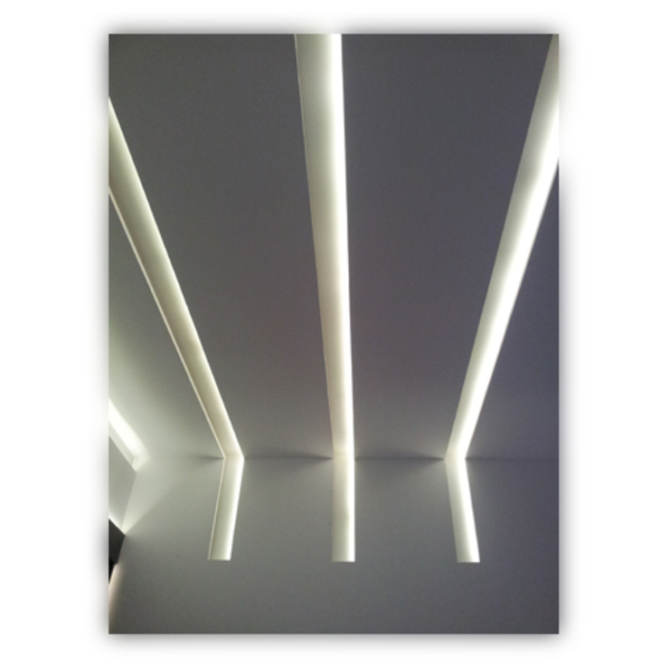 Portal tesifonte torradoarquitectura Modern Corridor, Hallway and Staircase