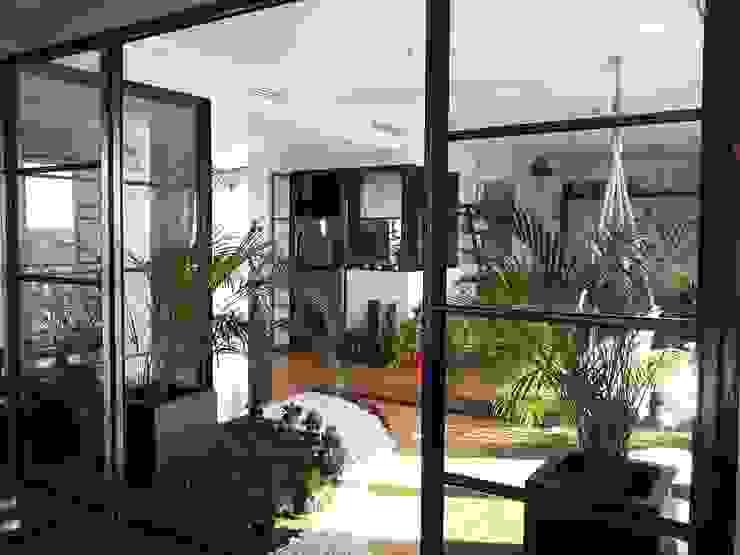 Reforma Viv Monaco torradoarquitectura Varandas, alpendres e terraços modernos