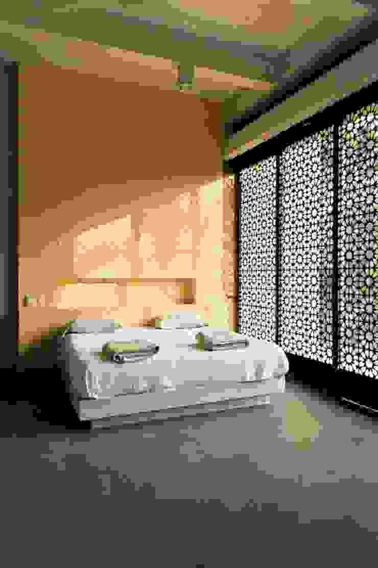 Casa Pombo Habitaciones modernas de PLUS Arquitectura y Diseño Ltda. Moderno