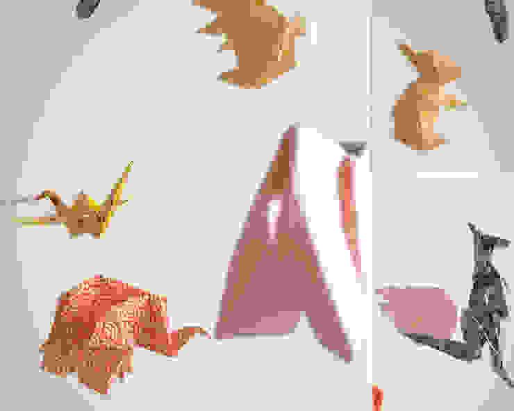 modern  by Little Cureuil, Modern Paper