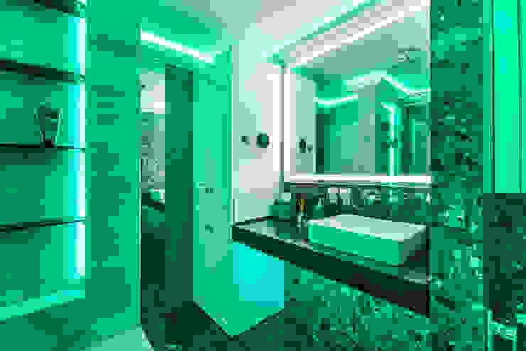 Tony House Interior Design & Decoration Bagno moderno Verde