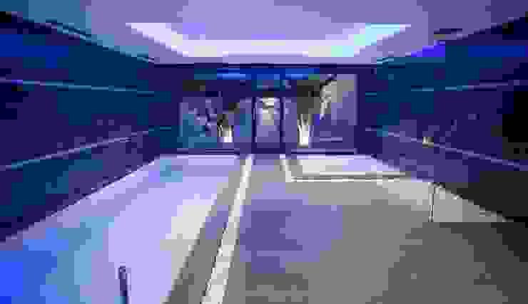 Quirón Moderne Pools von Miralbó Excellence Modern