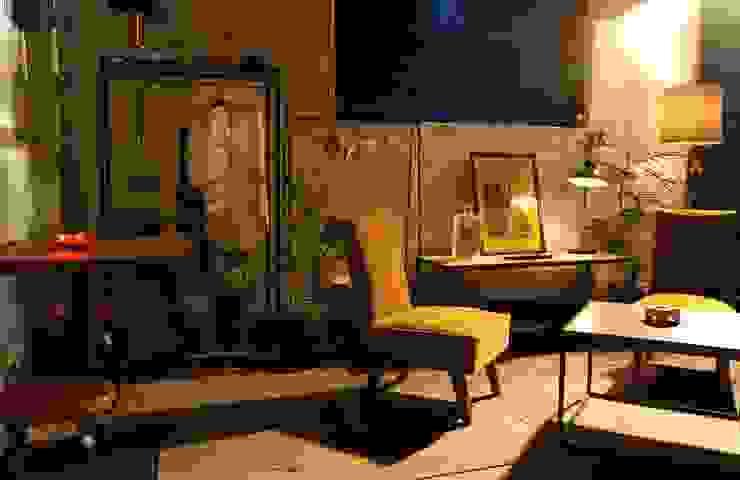 プロダクト: studio caravnが手掛けた現代のです。,モダン
