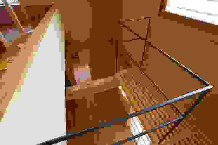作品 モダンスタイルの 玄関&廊下&階段 の 有限会社 明日桧 モダン