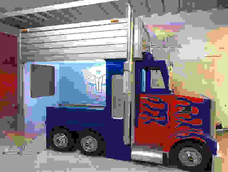 Divertidísima cama estilo Optimus Prime de Kids Wolrd- Recamaras Literas y Muebles para niños Moderno Derivados de madera Transparente