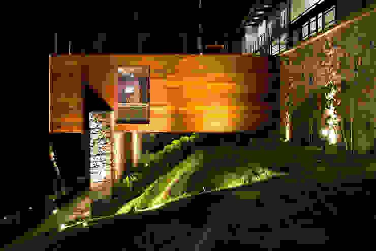 La casa en el bosque Casas modernas de EMA Espacio Multicultural de Arquitectura Moderno