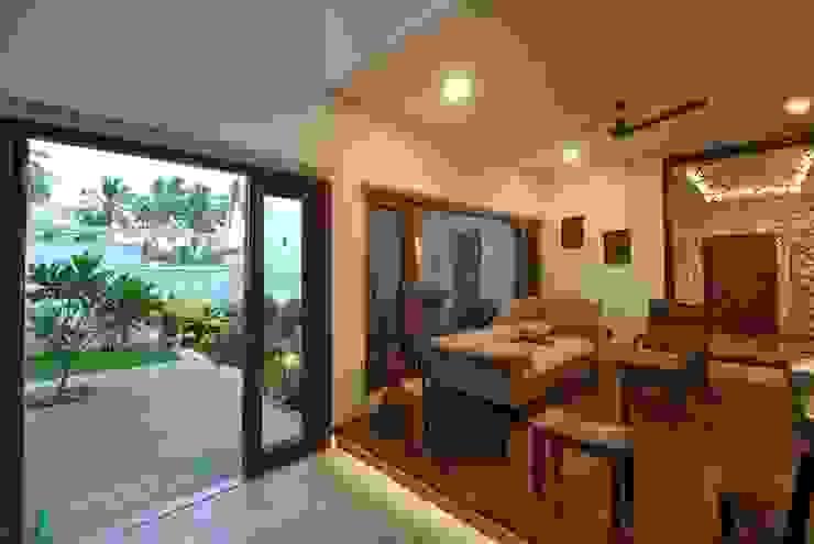 Livings de estilo moderno de Murali architects Moderno