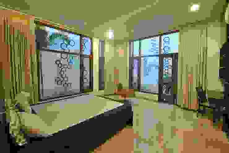 Mr & Mrs Pannerselvam's Residence Modern style bedroom by Murali architects Modern