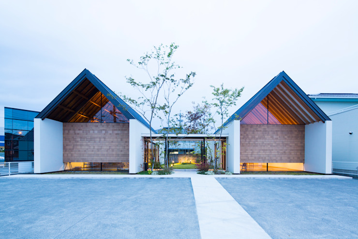 ema gallery の TRANSTYLE architects モダン