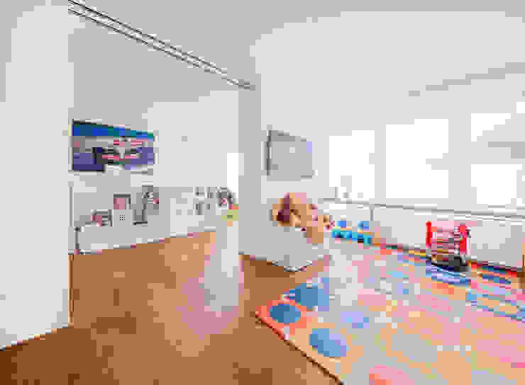 Reforma en La Moraleja, Madrid. - SSARQ Arquitectura Luzestudio - Fotografía de arquitectura e interiores Dormitorios infantiles de estilo moderno