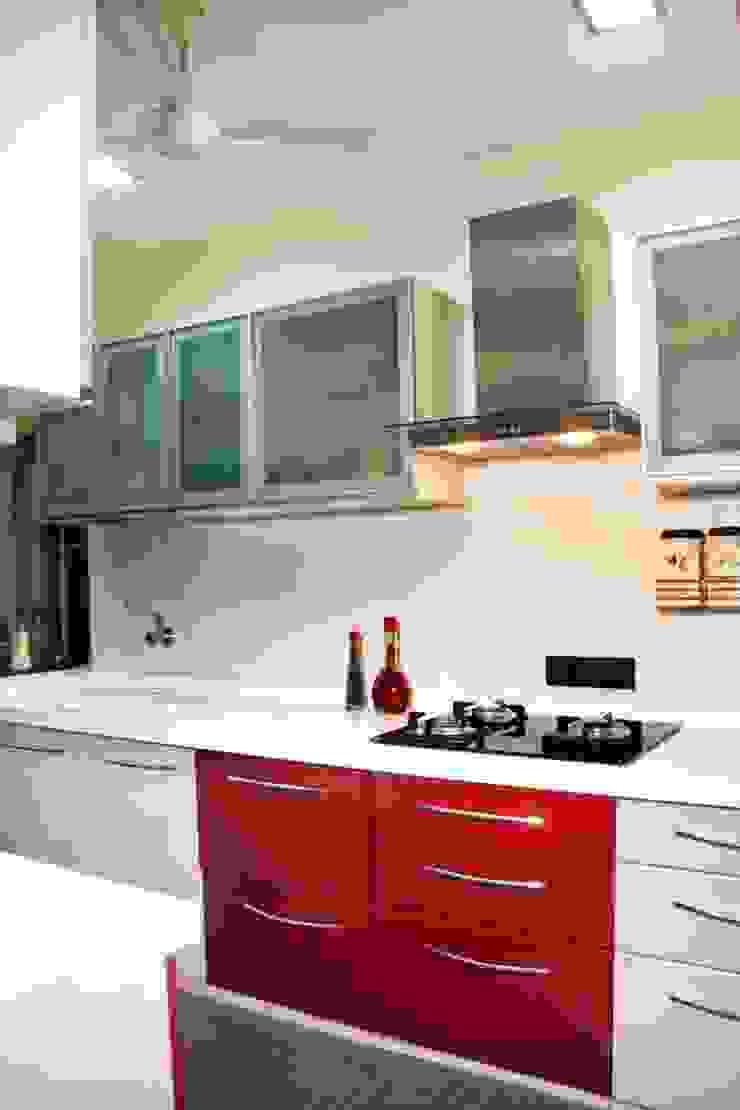 Shepherd Residency Modern kitchen by suneil Modern