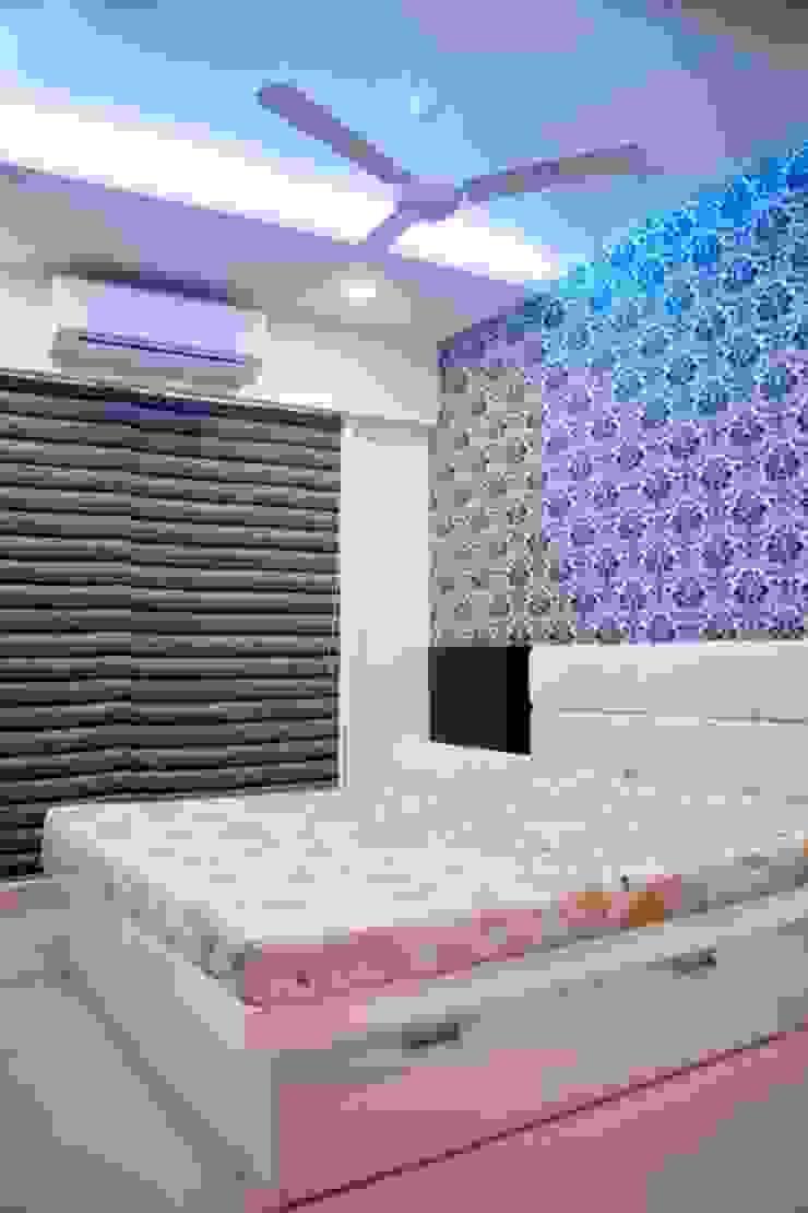 Shreeji Residence Modern style bedroom by suneil Modern