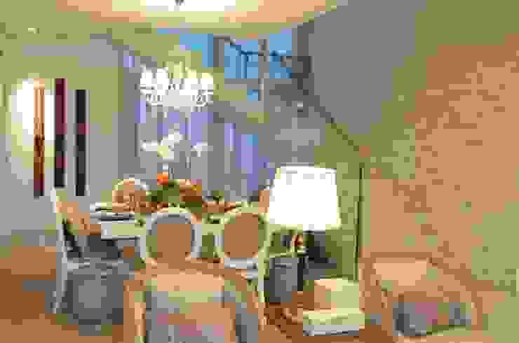 Casa KV Salas de jantar modernas por Renata Matos Arquitetura & Business Moderno