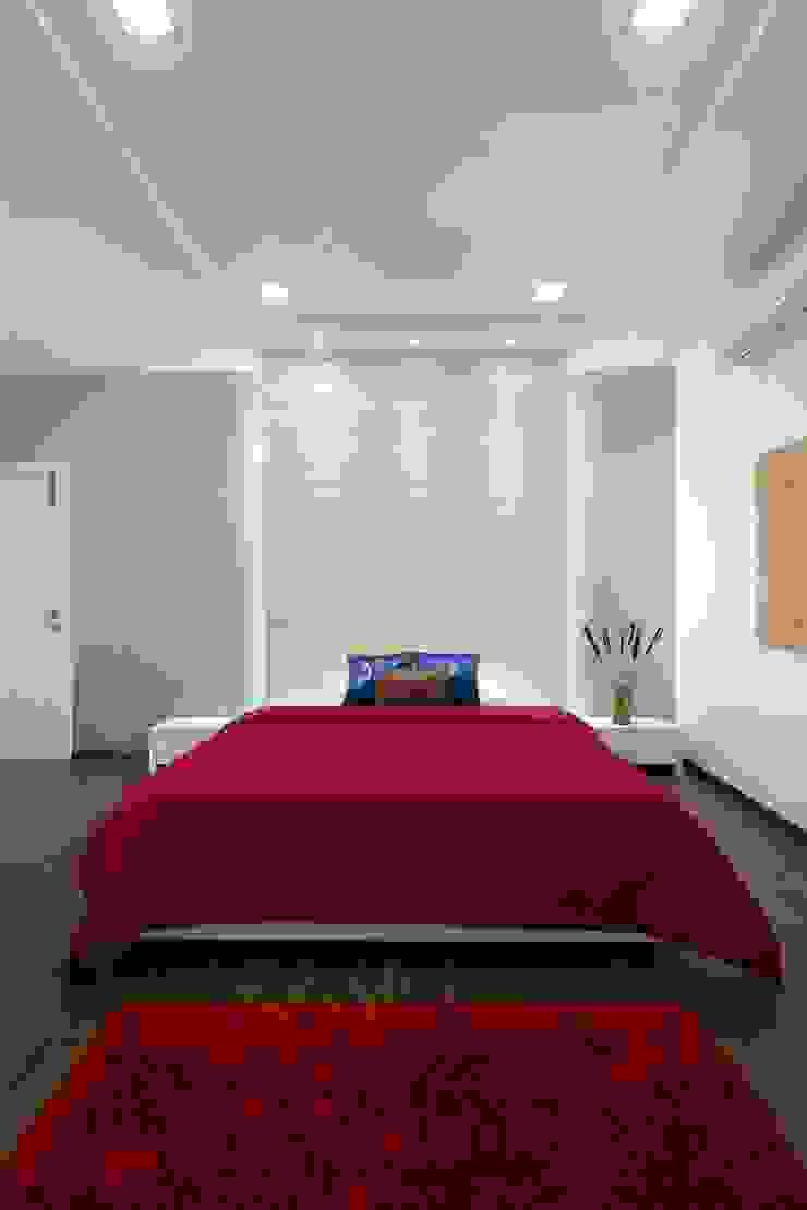 Mr. Sanjay patel—Bungalow Modern style bedroom by P & D Associates Modern