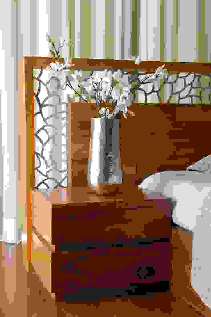 Mr.Rajan's Bungalow Modern style bedroom by P & D Associates Modern