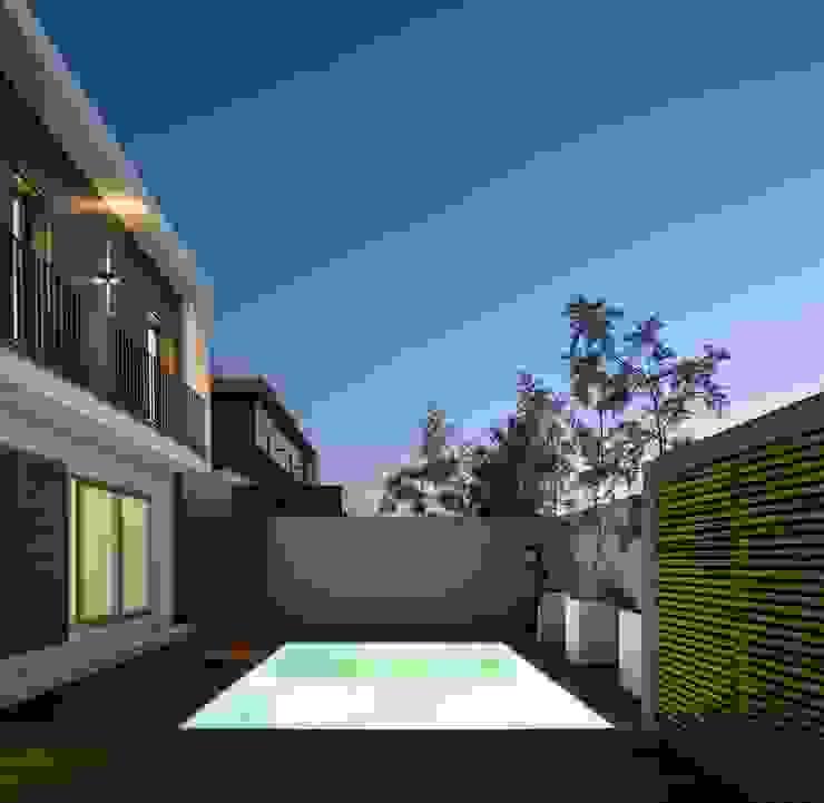 PISCINA Piscinas modernas por OW ARQUITECTOS lda | simplicity works Moderno