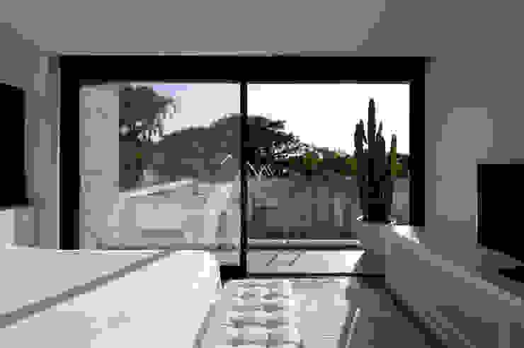 VISTA SUITE MASTER Quartos modernos por Conrado Ceravolo Arquitetos Moderno