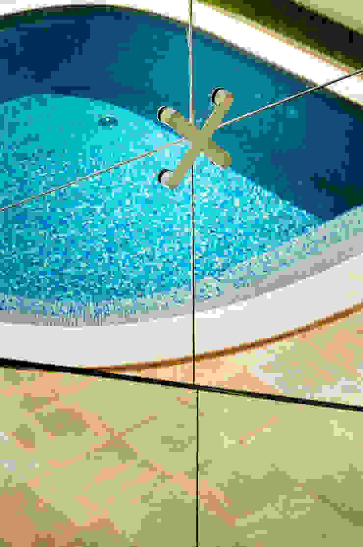 Renata Matos Arquitetura & Business สระว่ายน้ำ