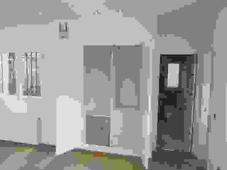 Oficinas de estilo  por Rudeco Construcciones