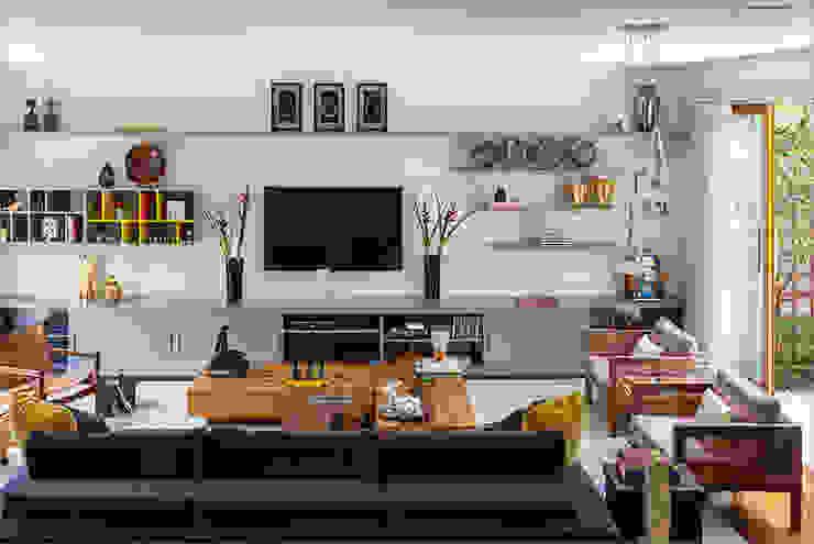 Sampaio Vidal Salas de estar modernas por Eliane Mesquita Arquitetura Moderno