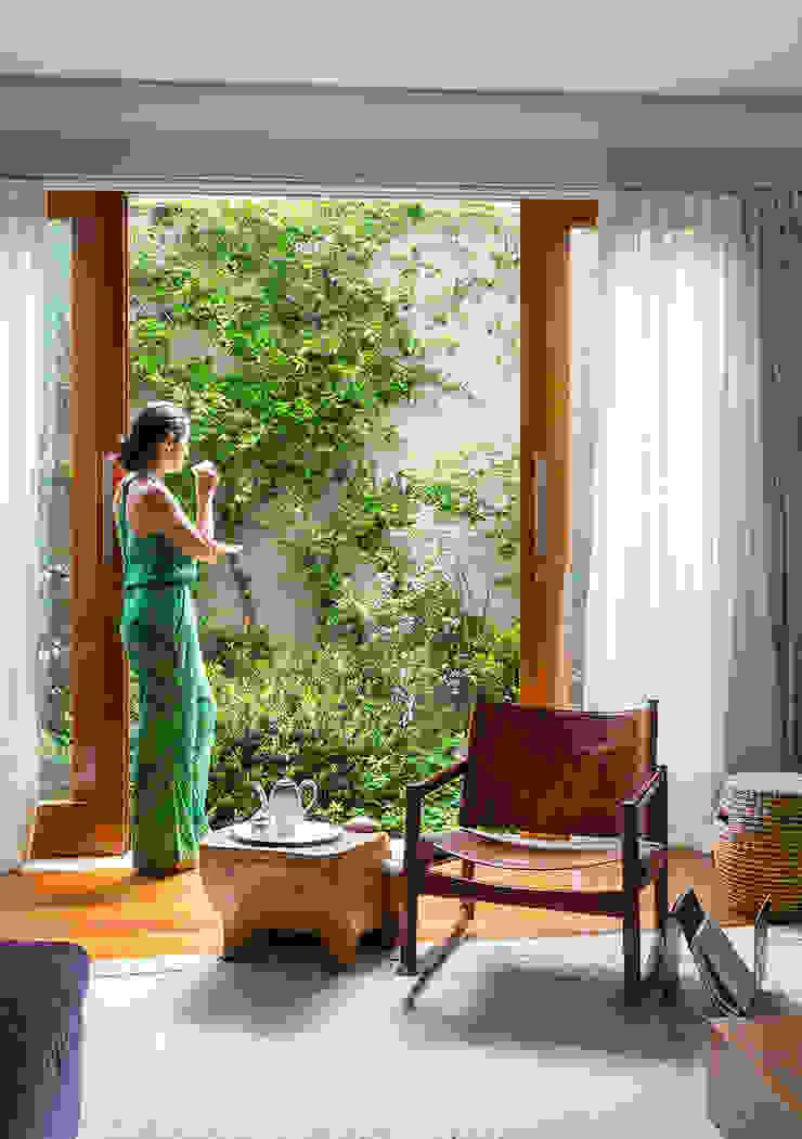 Sampaio Vidal Jardins modernos por Eliane Mesquita Arquitetura Moderno