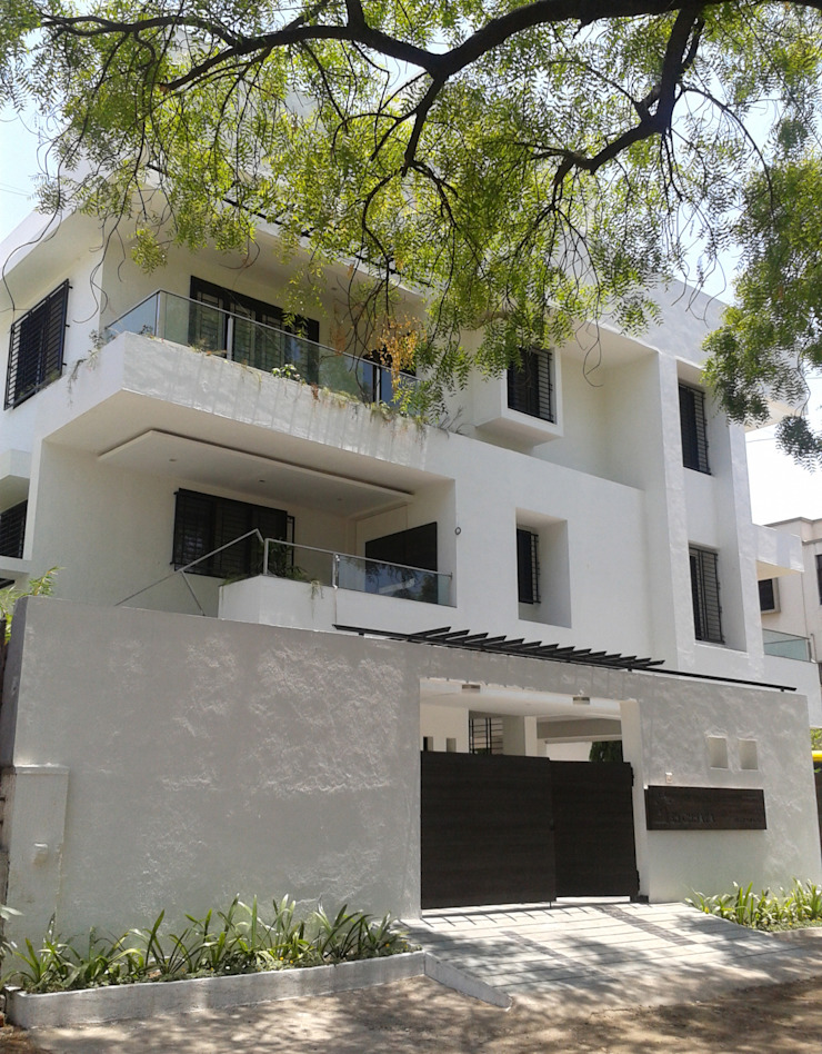 Asian style houses by ar.dhananjay pund architects & designers Asian