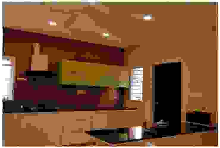 Livin interiors Moderne Küchen