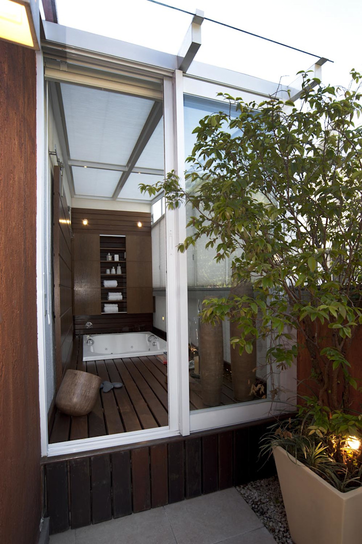 Apto K Banheiros modernos por m++ architectural network Moderno